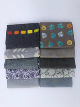 Load image into Gallery viewer, Gray Fat Quarter Precut Bundle