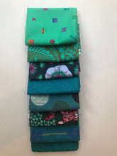 Load image into Gallery viewer, Teal Fat Quarter Precut Bundle
