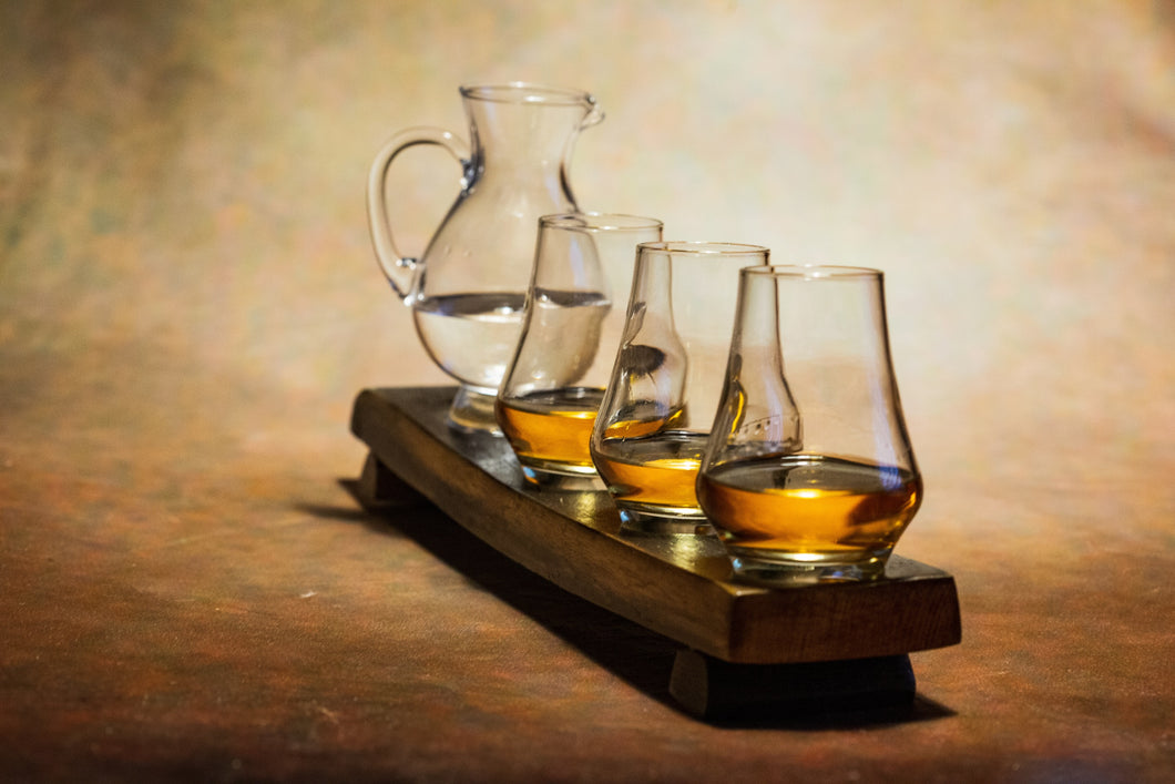 4 Glass Whiskey Flight Oak Stave. Whisky Gifts and Accessories