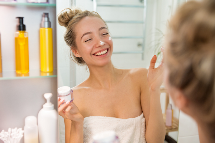 Three acids that you can't miss in your skin-care routine