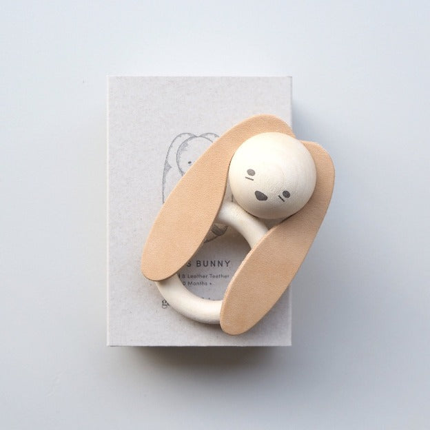 WOOD & LEATHER TEETHER