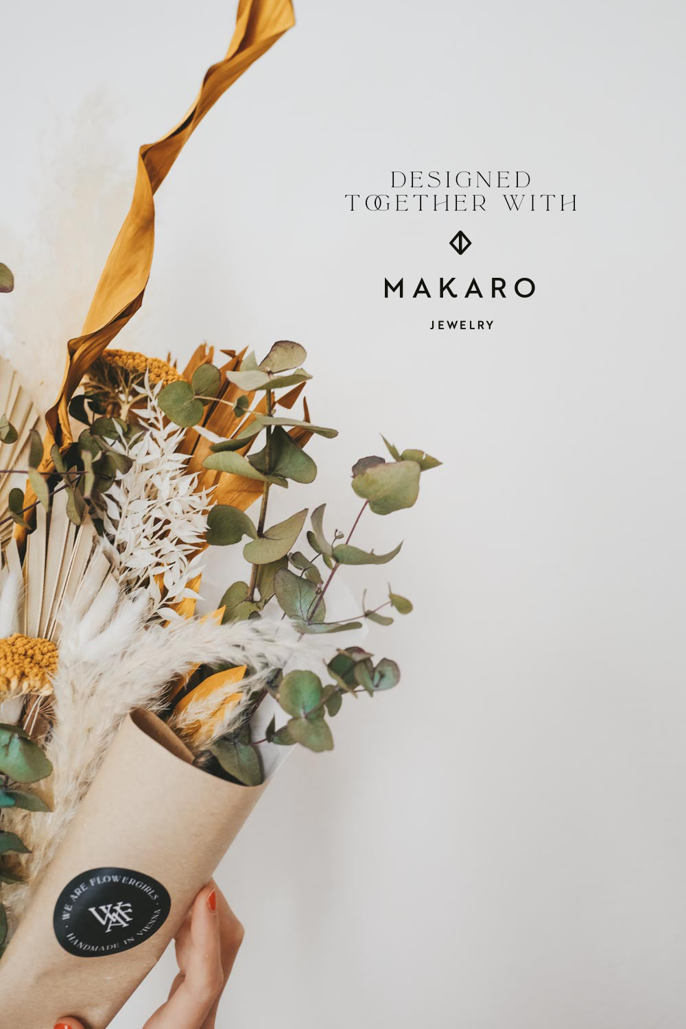 Makaro Large Dried Flower Bouquet