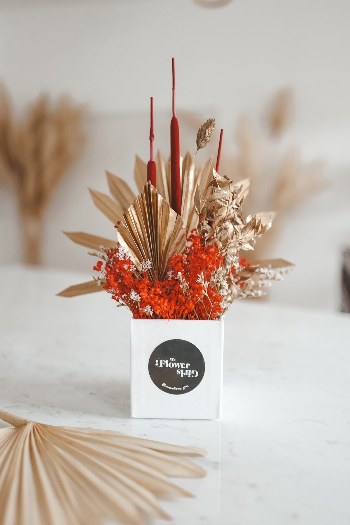 Dried Flower Box Red Lady
