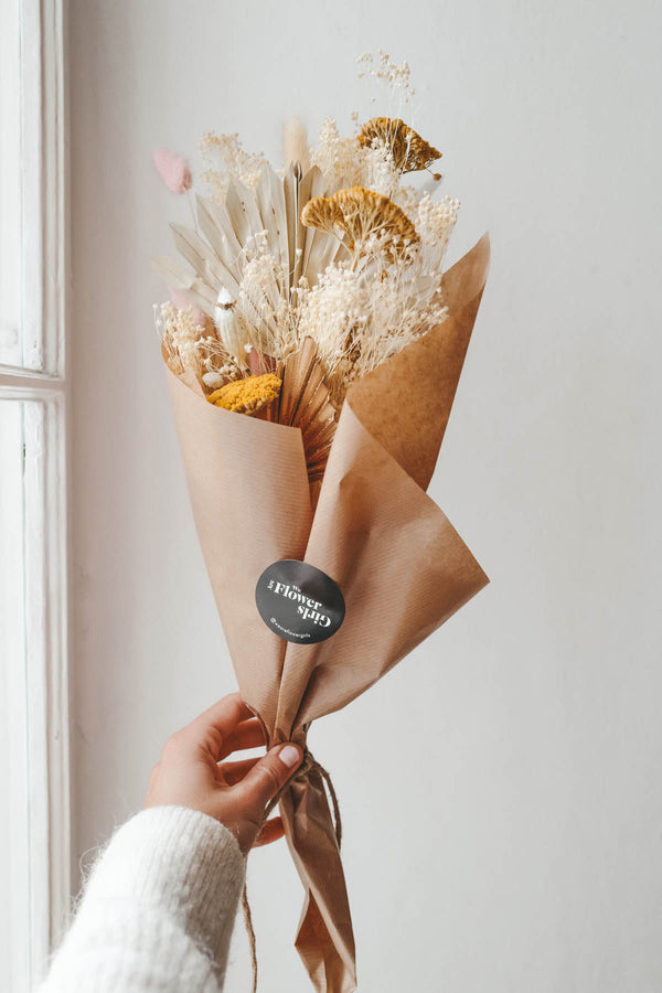 Ciara Dried Flower Bundle