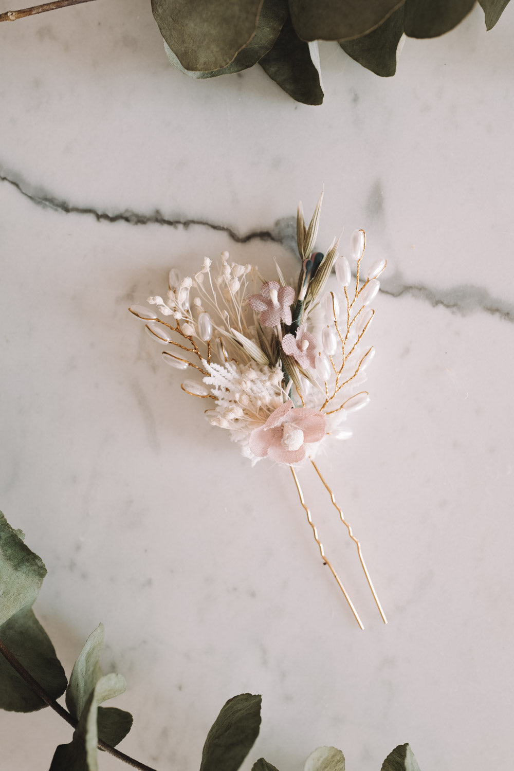 Clara Handmade Flower Needle