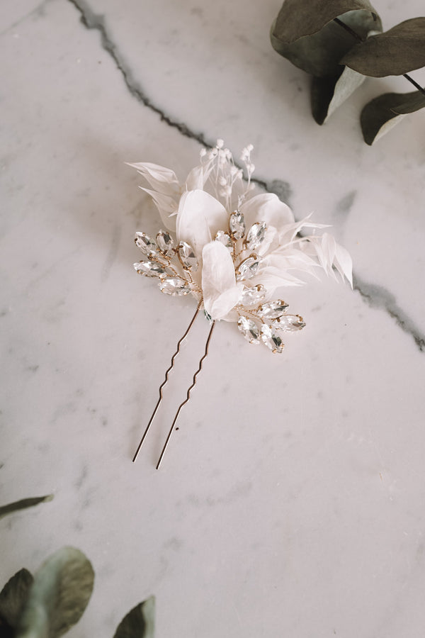 Clarissa Handmade Flower Needle