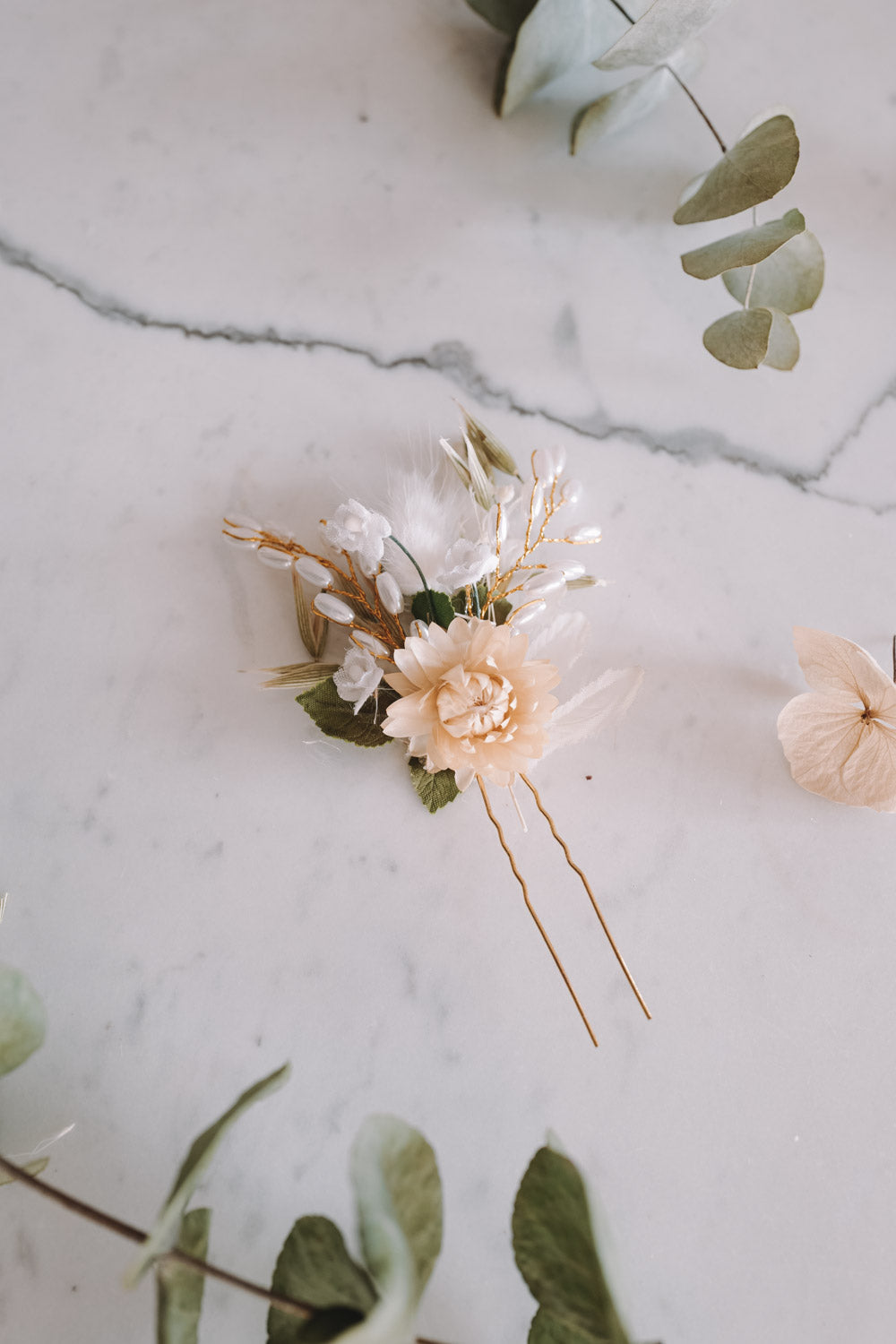 Layha Handmade Flower Needle
