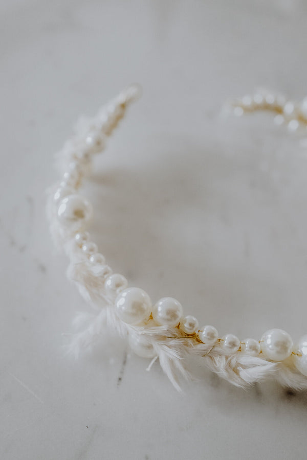 Mae Handmade Pearls Headpiece