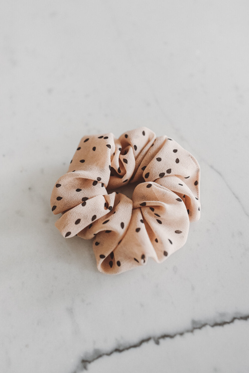 Scrunchie Cream Dots