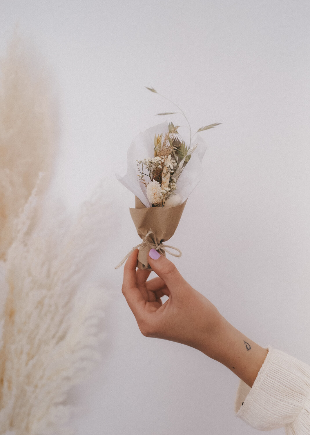 Pistaccio Small Dried Flower Bouquet