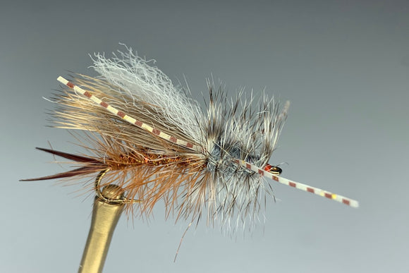 STONED STIMULATOR WITH LEGS (SALMON FLY)