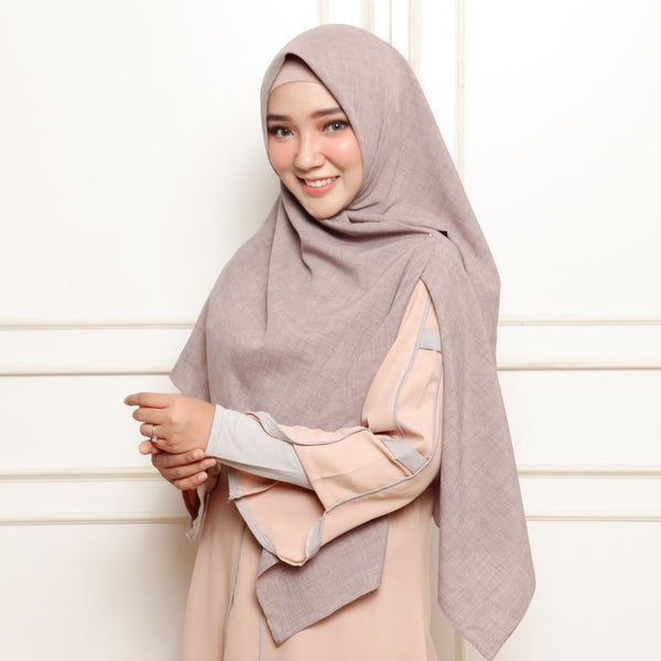 Shafiyah Dress Peach