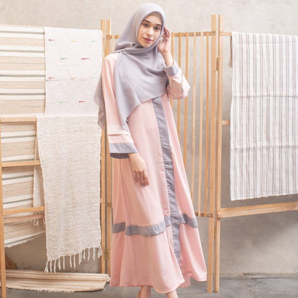 Kamilah Dress Peach