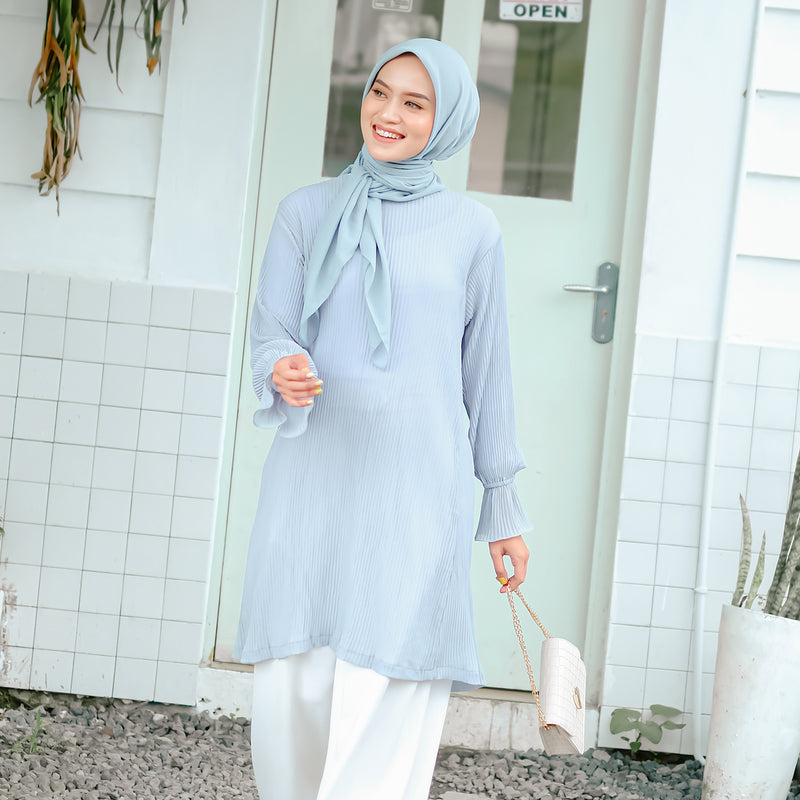 Mahira Pleats Blouse Blue Grey