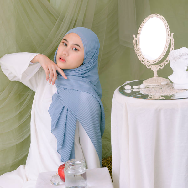 Ayra Pleats Shawl Blue Grey