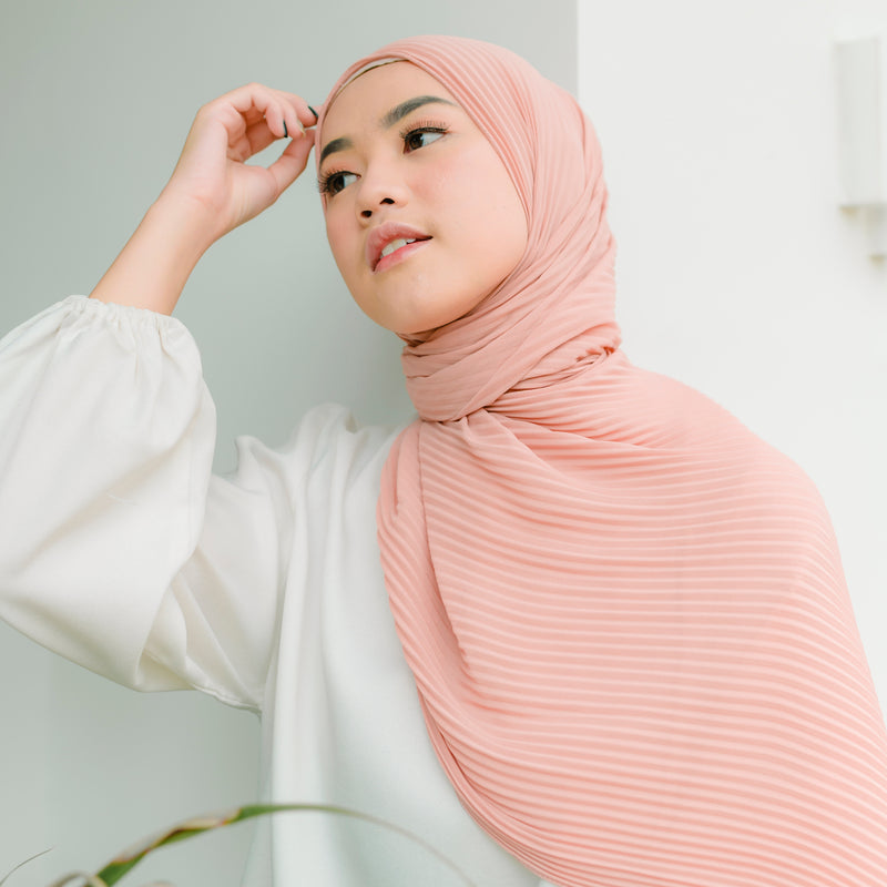 Bawal Pleats Shawl Dark Baby Pink