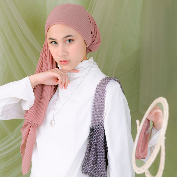 Ayra Pleats Shawl Dark Caramel