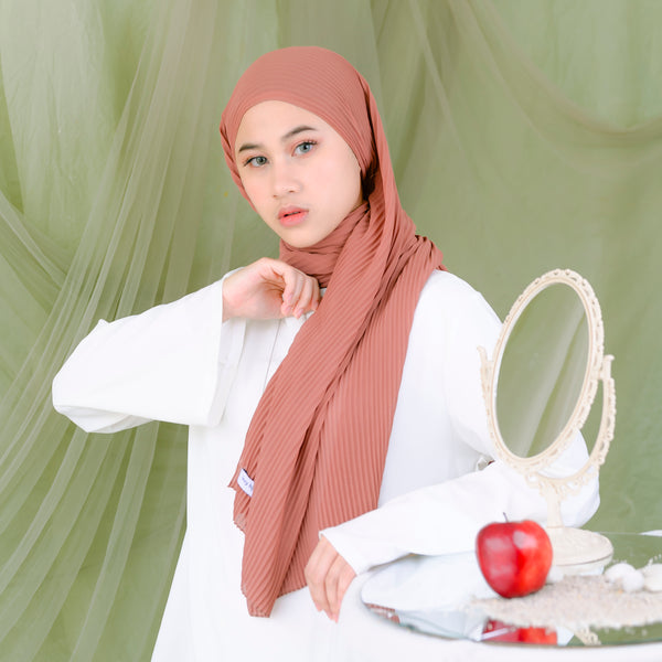 Ayra Pleats Shawl Soft Milo