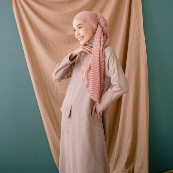 Laraya Dress Dusty