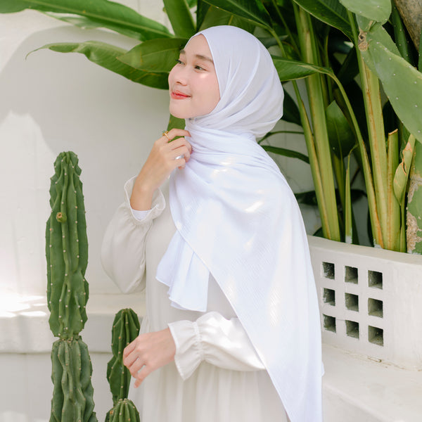 Kana Shawl White