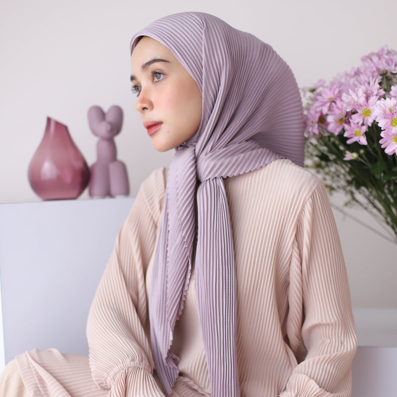 Geya Pleats Square Lavender