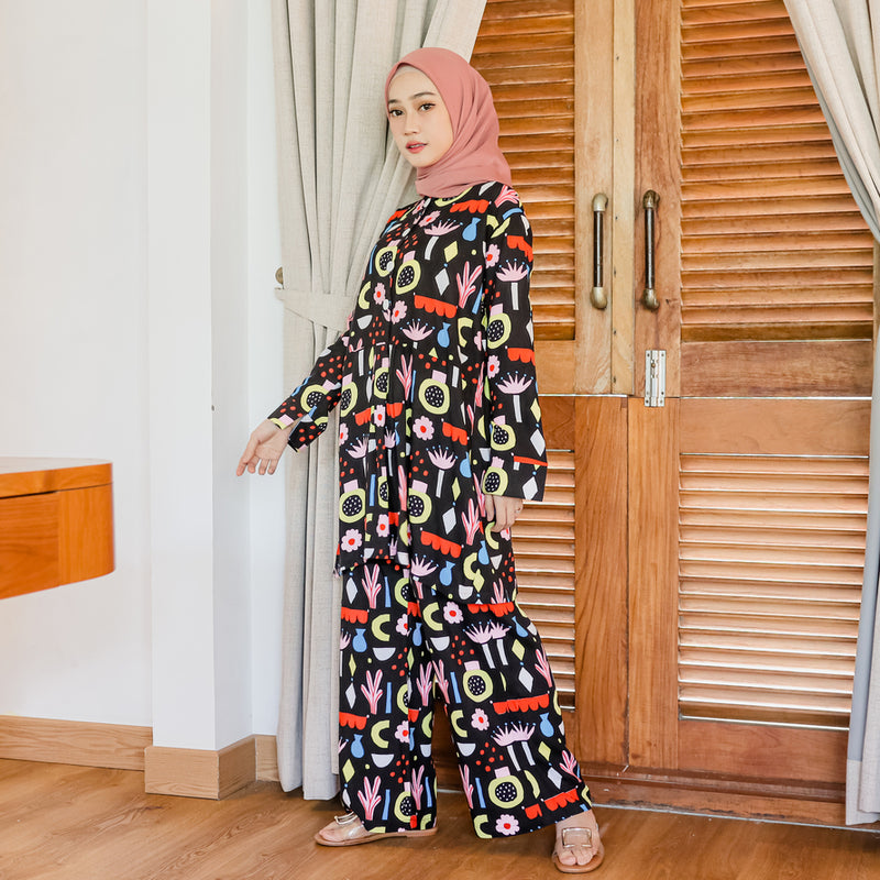 Naura Pajamas Black Pattern