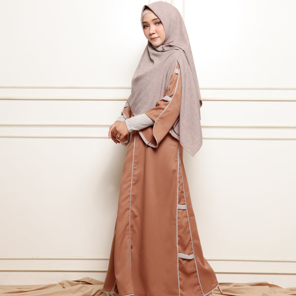 Shafiyah Dress Brown