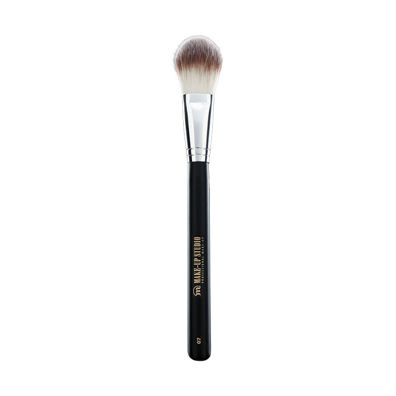 No. 7 Foundation Brush