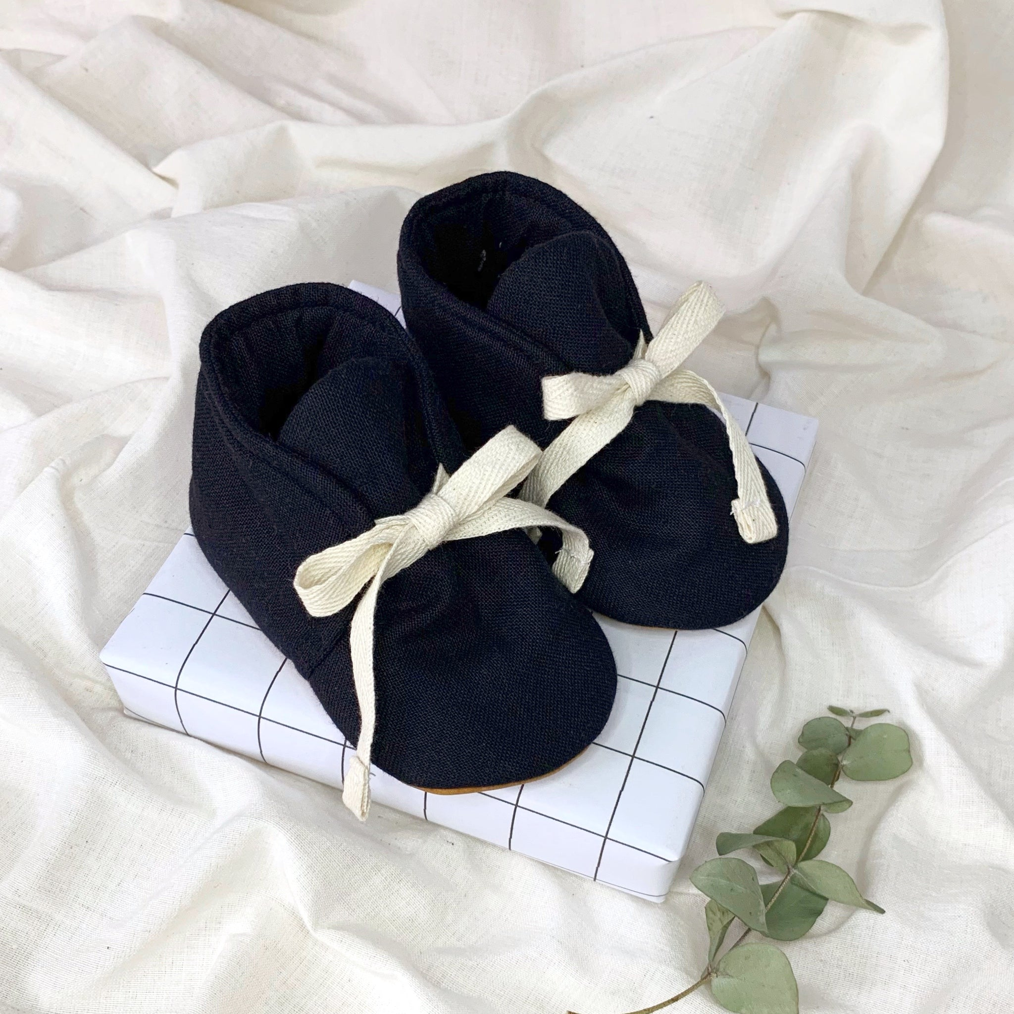 Organic Cotton Mini Shoes - Black