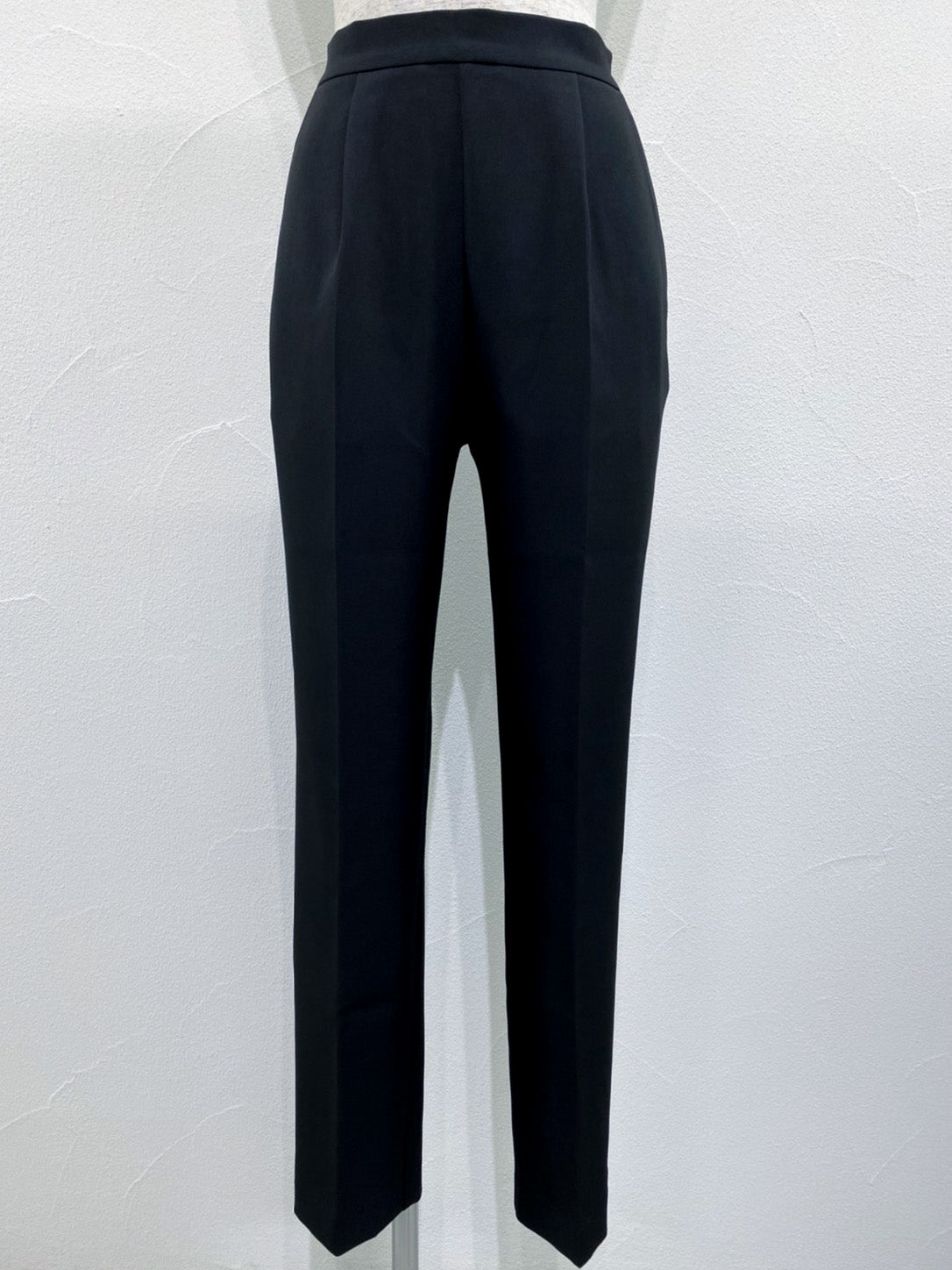 center crease tapered  pants