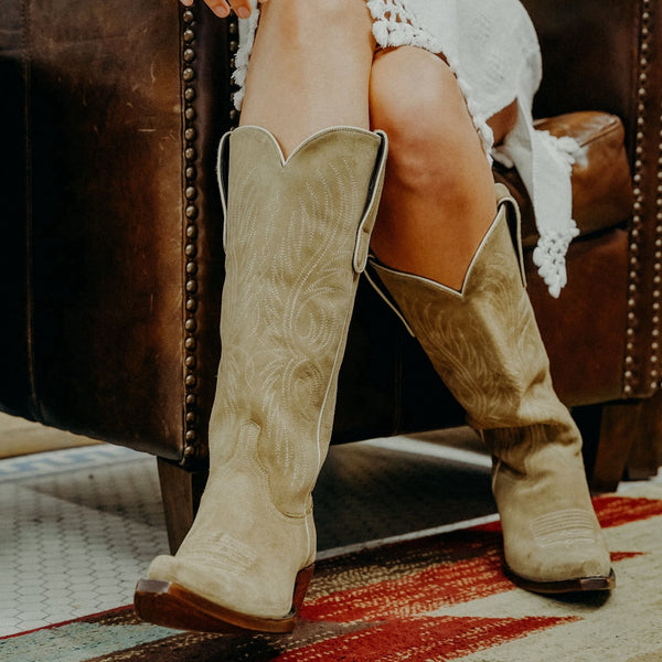 Women Embroidered Mid-Tube Cowgirl Boots Western Boots