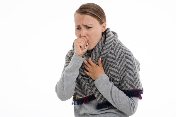 women with cold flu during winter season