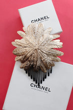 Load image into Gallery viewer, Chanel comb Fall - Winter 2008