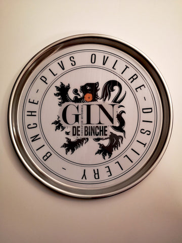 <transcy>Non-slip aluminum serving tray</transcy>