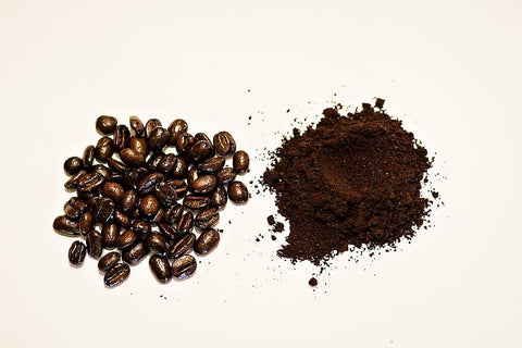 ground-coffee-and-instant-coffee-on-white-background