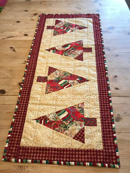 Festive Forest FPP Table Runner Pattern by Penny Spool Quilts - Tester Quilts