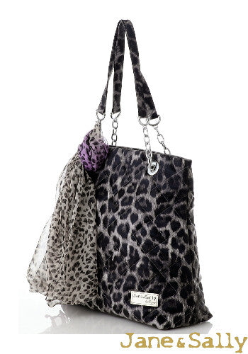 (Jane&Sally)Quilted Tote Bag with Silk Scarf(Profound Grey Leopard)