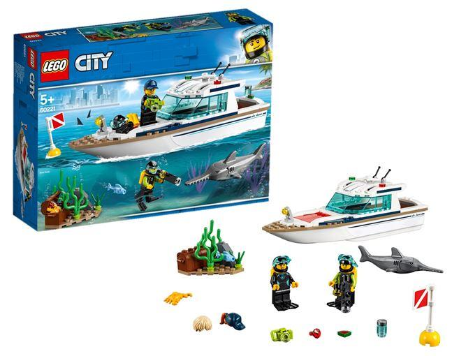 LEGO® City Diving Yacht - 60221