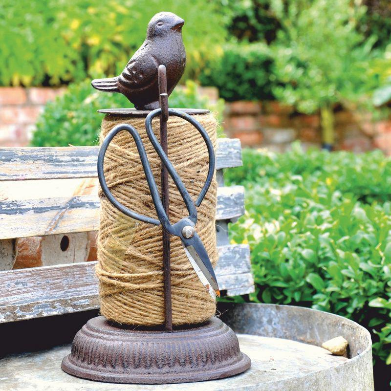 Dove Natural Garden Twine Dispenser with Scissors
