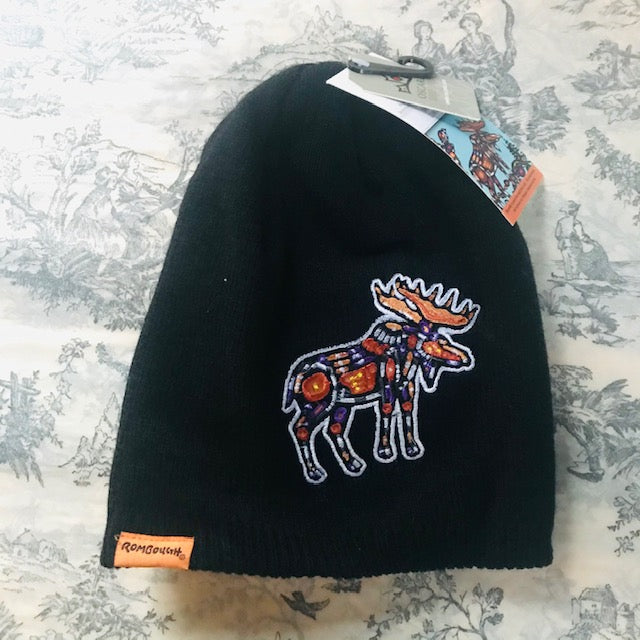 Artists Embroidered Toque