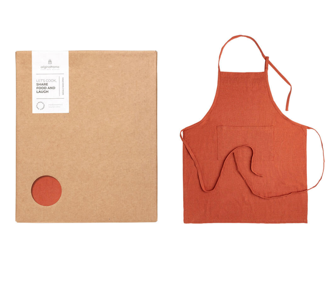 Apron Recycled Box – Rust Red