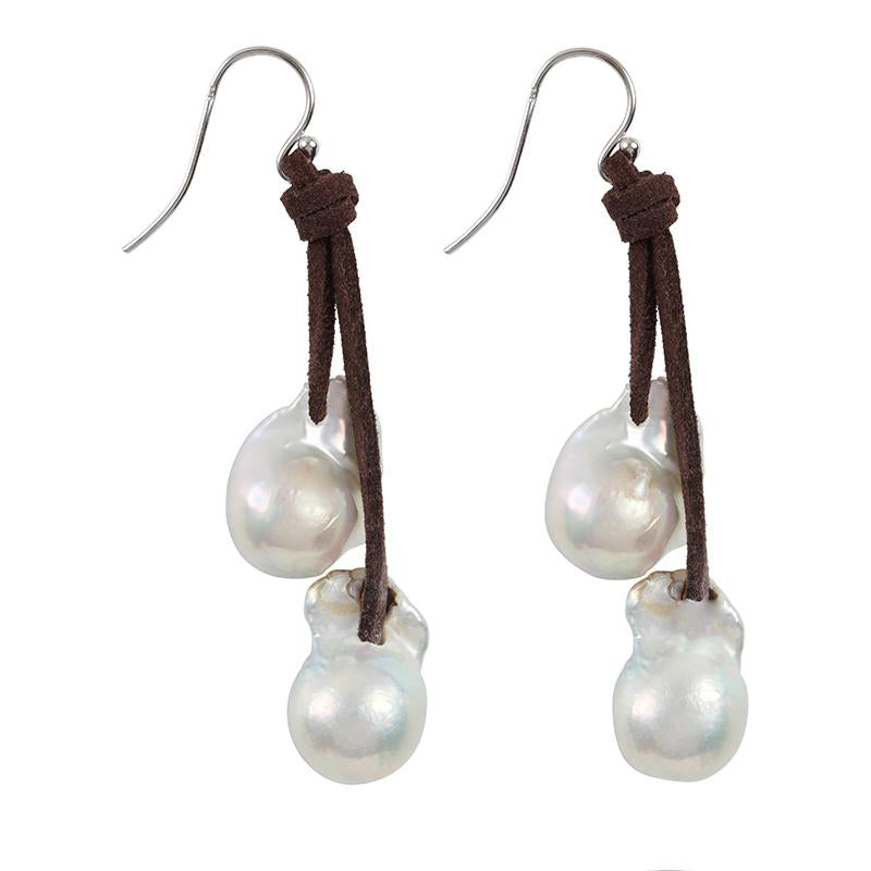 KNOTTY EARRINGS (WHITE ON ESPRESSO)