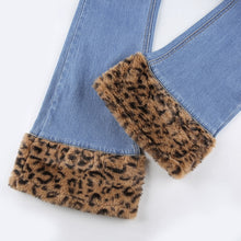 Load image into Gallery viewer, Leopard Fur Jeans