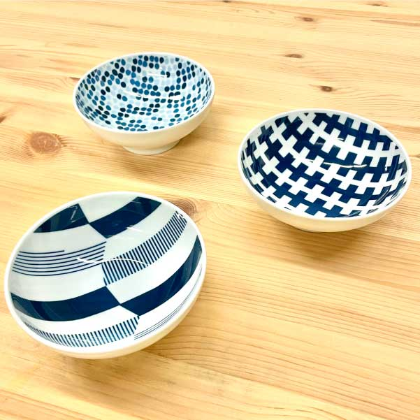 "Small bowls ""HASAMI ware"" (Set of 3 with different patterns) -波佐見焼 小鉢 3点セット-2"