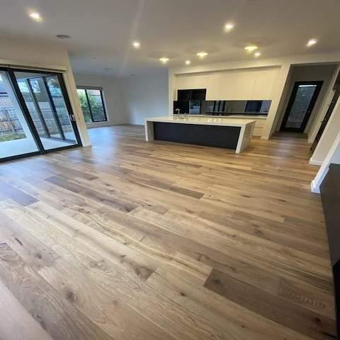 River Oak - Eastern Flooring Centre