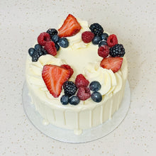Load image into Gallery viewer, Summer Fruit Mini Cake
