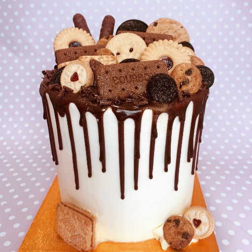 Biscuit Overload Cake