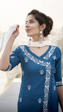 Load image into Gallery viewer, Earth Scents Kurta - Blue