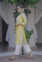 Load image into Gallery viewer, Evening Skies Kurta - Yellow