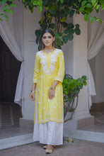 Load image into Gallery viewer, Chasing Summer Kurta - Yellow